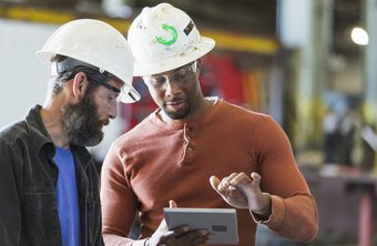 What Is a Blue-Collar Worker and a White-Collar Worker?