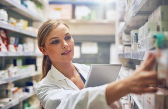 Major Duties & Responsibilities of Being a Pharmacist