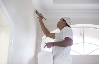 How much does an interior painter make per hour - How much to paint house interior ...