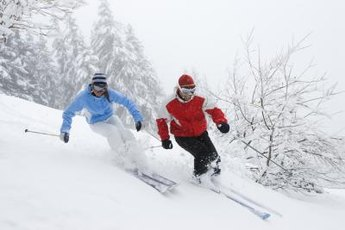 Strong knees help you control direction changes and precision movements while snow skiing.