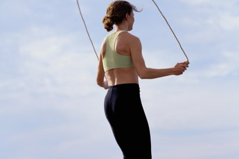How to Jump Rope to Strengthen the Meniscus