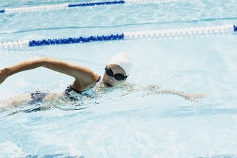 Which Swim Stroke Is Best for Wrist Pain?