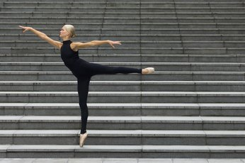 How to Stretch Your Back for a Better Arabesque