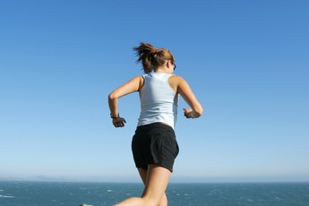 Tips on Walking, Jogging & Running to Lose Weight
