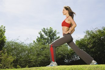 Side-to-Side Twisting Lunges
