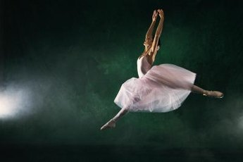 Keeping dancers healthy and injury free are the essential concerns of dance science.