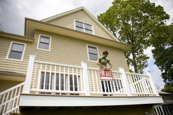 Homeowners have a number of options for avoiding foreclosure.