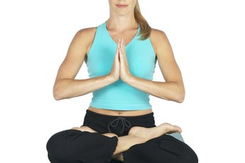 Poses & Benefits of Bikram Yoga