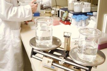 Lab Technician vs. Research Associate