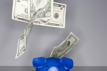 How to Make Money with a Savings Account