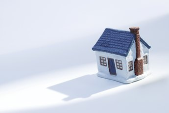 What Causes Homeowner's Insurance to Go Up?