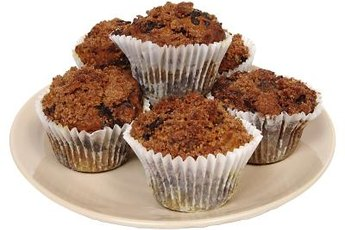 Oat bran muffins make a quick fiber-rich snack to get you going.