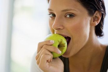 An apple with skin gives you about one-fifth of the fiber you need daily.