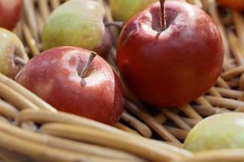 Snacks high in fiber and protein are healthy and satisfying.