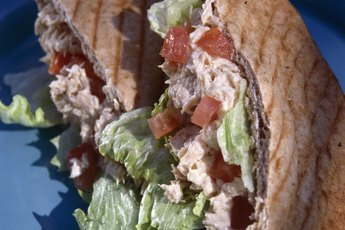 Healthy Alternatives to Mayonnaise on a Tuna Sandwich