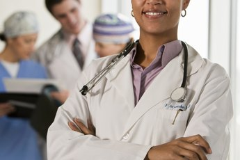 How to Become a Physician's Assistant in Sports Medicine - Woman