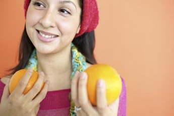 Hesperidin in citrus fruits might improve tooth remineralization.