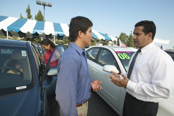 New Car Dealer Invoices: What Does the Dealer Pay?