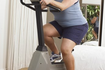 Do Heavier People Burn More Calories While Exercising?