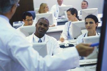 What Do Surgeons & Doctors Do?