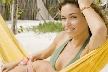Rock your bikini with confidence after losing weight slowly and sensibly.