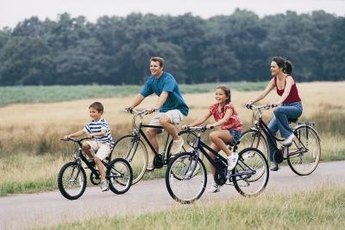 Bike riding is an inexpensive activity on a family vacation.