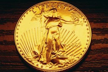 The ban on U.S. citizens owning gold ended December 31, 1974.