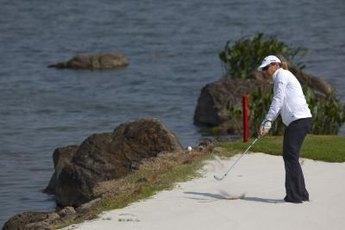 Former LPGA great Annika Sorenstam used the same routine before every shot.