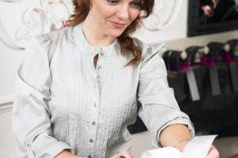 Costume jewelry salesmen earn more in Massachusetts and Washington, D.C.