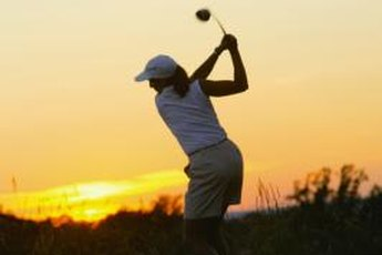 Women golfers can torque up their swings by limiting their hip turns.