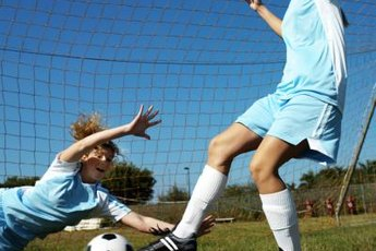 Soccer players benefit from strong inner thigh muscles.