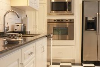 French Quarter kitchens are minimalist with a few well-placed accessories.