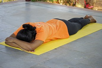 How to Lie Prone for Exercises