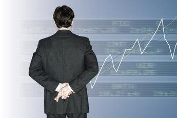 Hedge funds can be managed by a single individual while private equity generally involves teams.