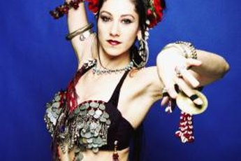 Tone that exposed tummy for impressive moves in belly dancing.