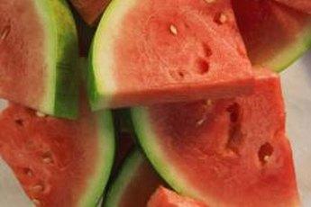 Eating more melon ups your fiber intake.