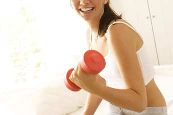 What Is a Good Workout Schedule for Losing Weight & Gaining Muscle?