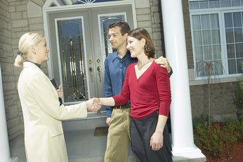 Do You Go to a Closing Meeting When You Refinance a Home Loan?