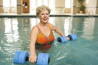 Proper Way of Using Aquatic Water Dumbbells