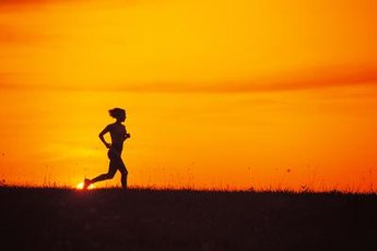 Extreme temperatures can also make your skin itch during a workout.