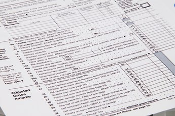 Do I Need to Amend My State Tax Return if I Forgot to File My 1099-G With My Federal Return?
