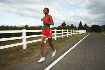 Calories a Person Should Consume When Training for a Half Marathon