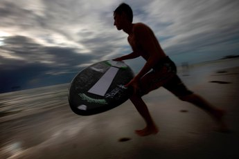 How to Kick Turn on a Skimboard