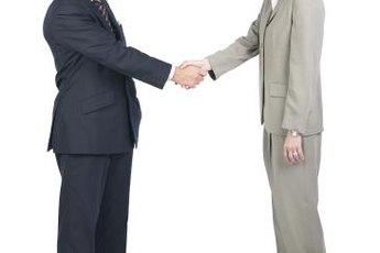Self-assessment helps an employee clarify career goals.