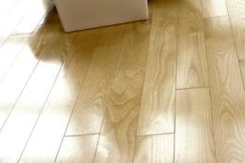 Engineered hardwood flooring is a veneer of hardwood over plywood or HDF.