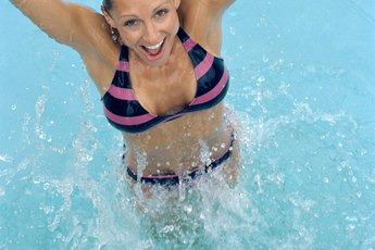 Jumping Up & Down in a Swimming Pool to Fight Belly Fat