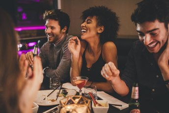 How to Ask Nicely for Friends to Pay Their Own Way at a Restaurant