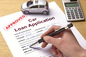 Does a Vehicle Lease Show on Your Credit Report?