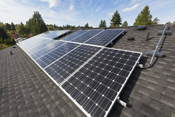 How to Calculate How Many Solar Power Panels Are Needed for a Whole House