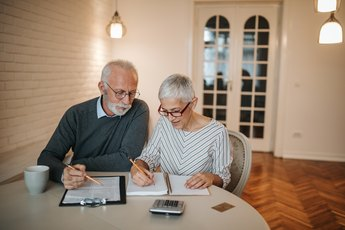 How Much to Save for Retirement If a Spouse Has a Pension